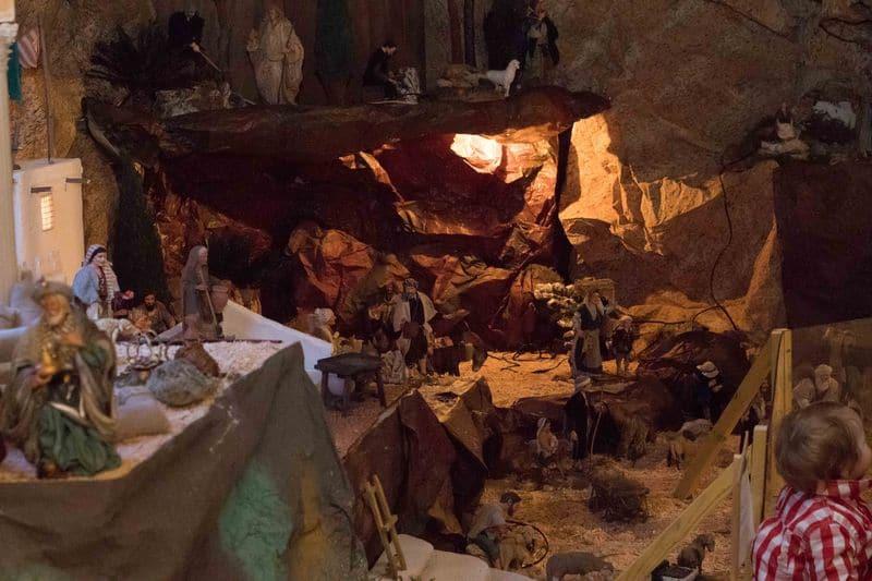 Crèche de l'église Saint-Bruno de Bordeaux - Noël 2018