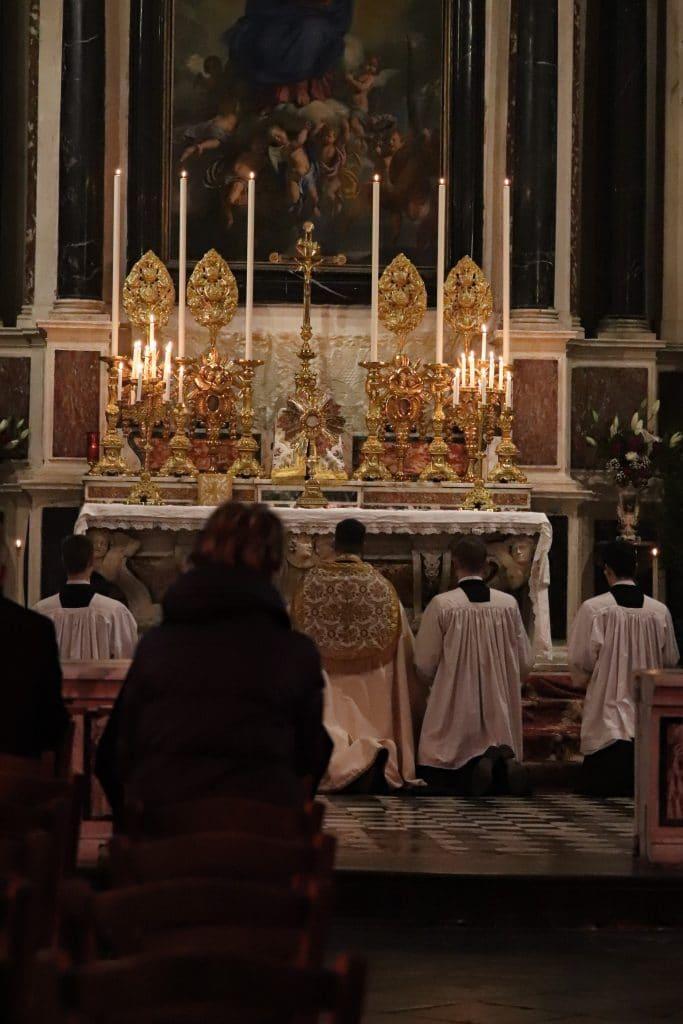 Vêpres et adoration du jour de Noël